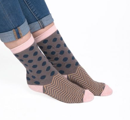 GREY SMALL SPOT & CHEVRON SOCKS