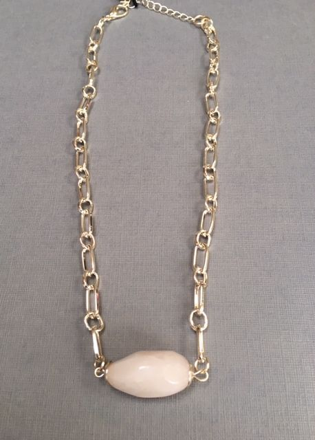 SHORT PINK GOLD CHAIN NECKLACE